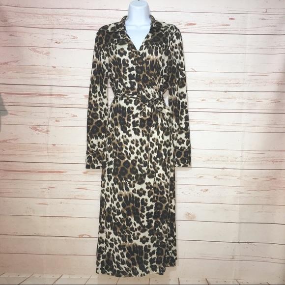 3e2abca47244 Diane Von Furstenberg Dresses & Skirts - Diane von Furstenberg Leopard  Print Wrap Dress s14